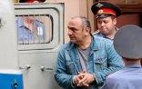 """Gürcü """"qanuni oğru""""nu əliqandallı Moskvaya gətirdilər - Lotu Quli """"söhbəti"""""""