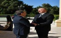 İlham Əliyev Özbəkistan Prezidenti ilə görüşdü