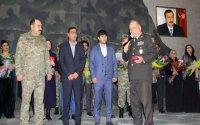 Qarabağ qazisinə döyüş medalı təqdim olundu