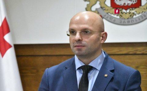 Baş prokurorun diplomunun saxta olduğu üzə çıxıb – İstefası tələb olunur