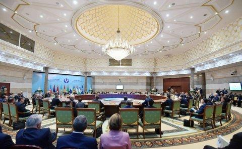 İlham Əliyev MDB Dövlət Başçıları Şurasının geniş tərkibli iclasında iştirak edib