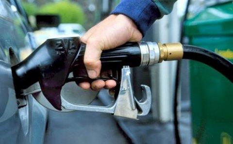 """Benzinin qiyməti ilə bağlı açıqlama: """"Stabil saxlamaq mümkünsüzdür"""""""