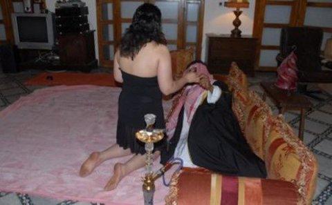 Bakıda qızlar ərəblərə həyatlarının şokunu yaşatdı