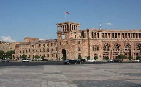 Ermənistanda daha bir nəfər koronadan öldü