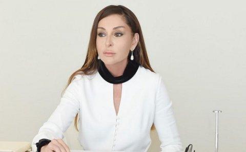 Mehriban Əliyeva şəhid ailəsinin mənzil problemini həll etdi