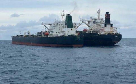 İsrail İran gəmisini raketlə vurdu - Tərəflər susur