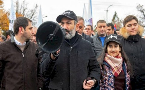 İlqar Məmmədovun müavini erməni xalqını təbrik etdi