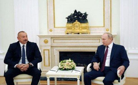 Putin Əliyevlə bu cür danışdı, Nikolla isə... - Korotçenko