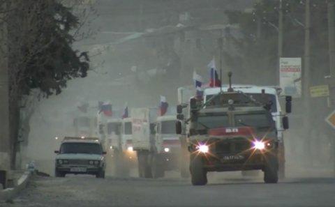 Rus qoşunları sərhədə gəlir: Bakının strateji manevrləri