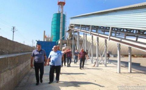 Araik Arutyunyan Xocalıda sement zavodu açdı - VİDEO
